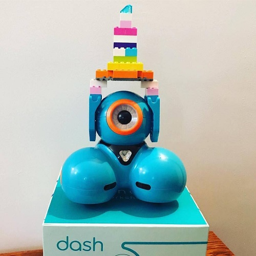 Wonder Workshop Dash Robot