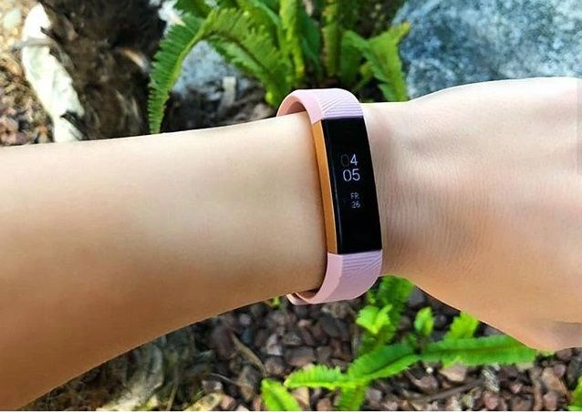 Fitbit Alta HR activity band