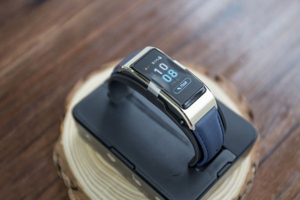 Huawei Talkband B5 fitness tracker