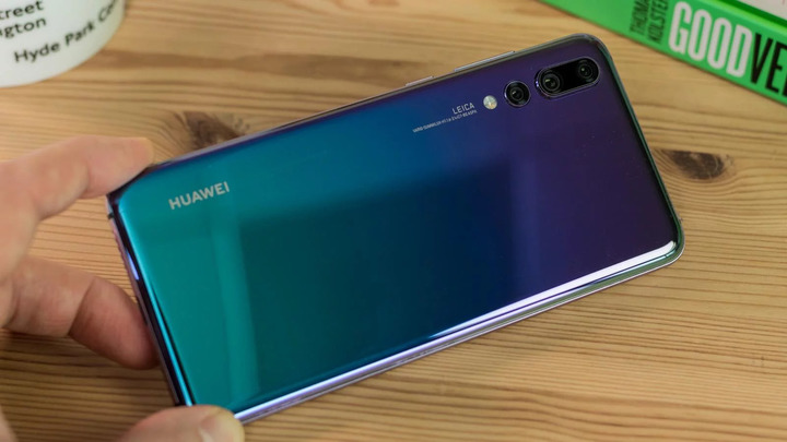 Huawei P20 Pro hands on review back design and camera